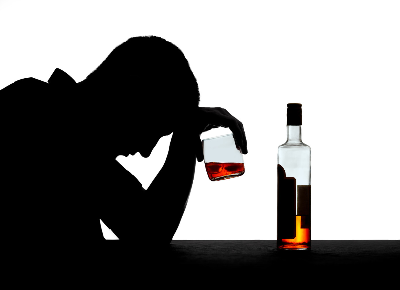 alcoholism influenced by family behavior The national institute on alcohol abuse and alcoholism (niaaa) defines alcohol use disorder (aud) - formerly alcoholism or alcohol addiction - as a form of problem drinking that has become severe, with compulsive behaviors and physical dependence associated with the condition.